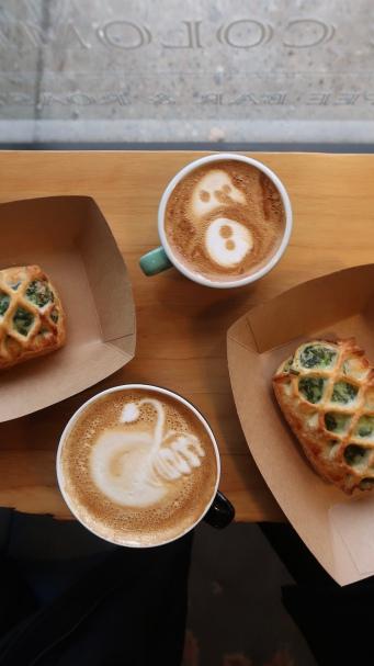 Vanilla latte, cappucino, spinach feta pastry $4